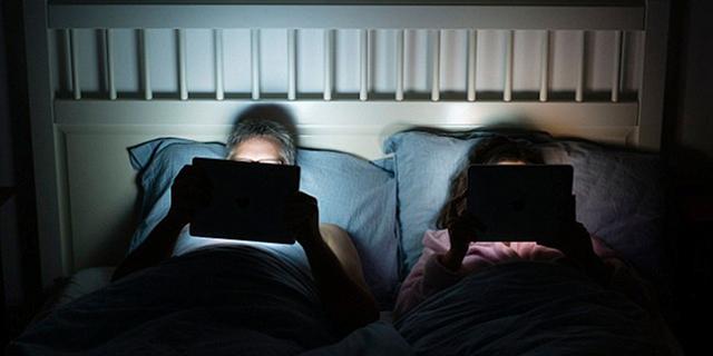 Photo of Fikirlah Dua Kali Apabila Ingin Lihat Telefon Pintar Anda Sebelum Tidur