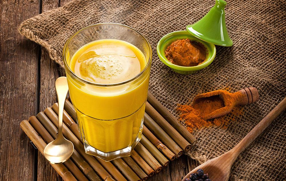 Photo of Susu Emas Ini Mungkin Lebih Sihat & Sedap Daripada Air Lemon!
