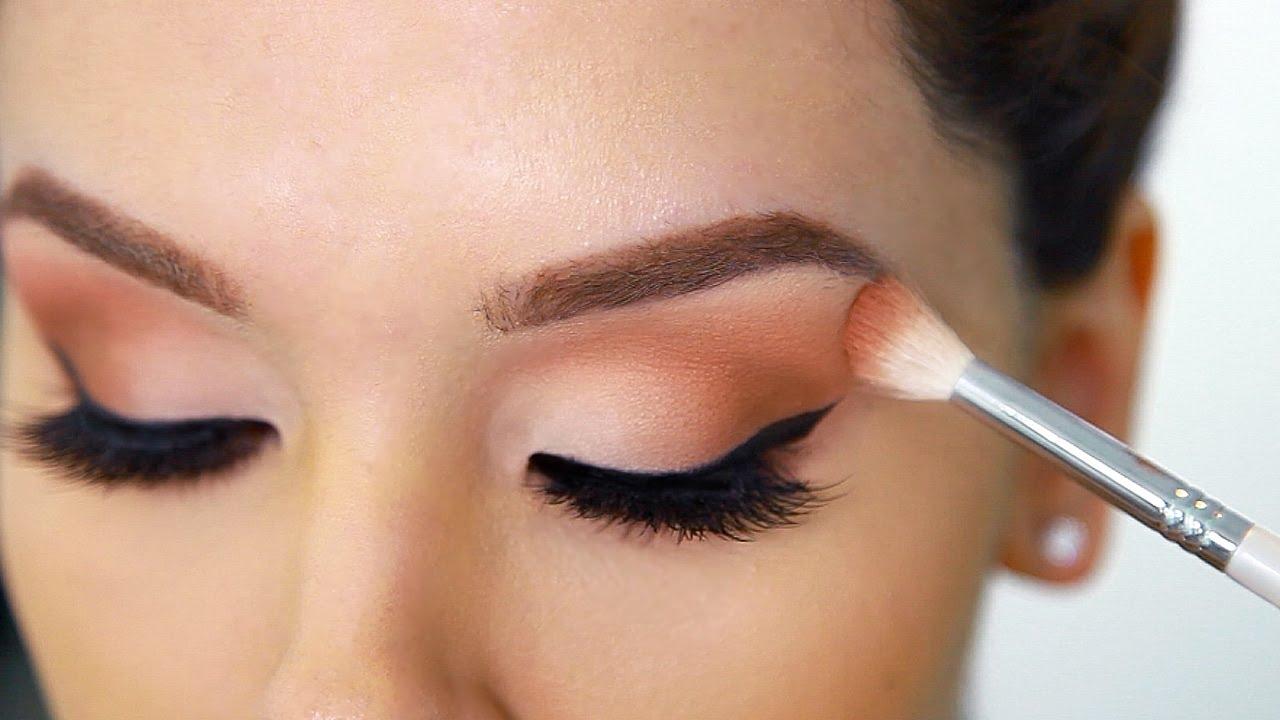Photo of Cara Untuk Hentikan Creasing Pada Eyeshadow Anda