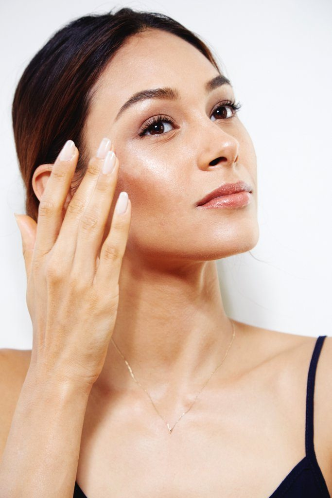 women-mature-skin-shouldnt-wear-shimmer