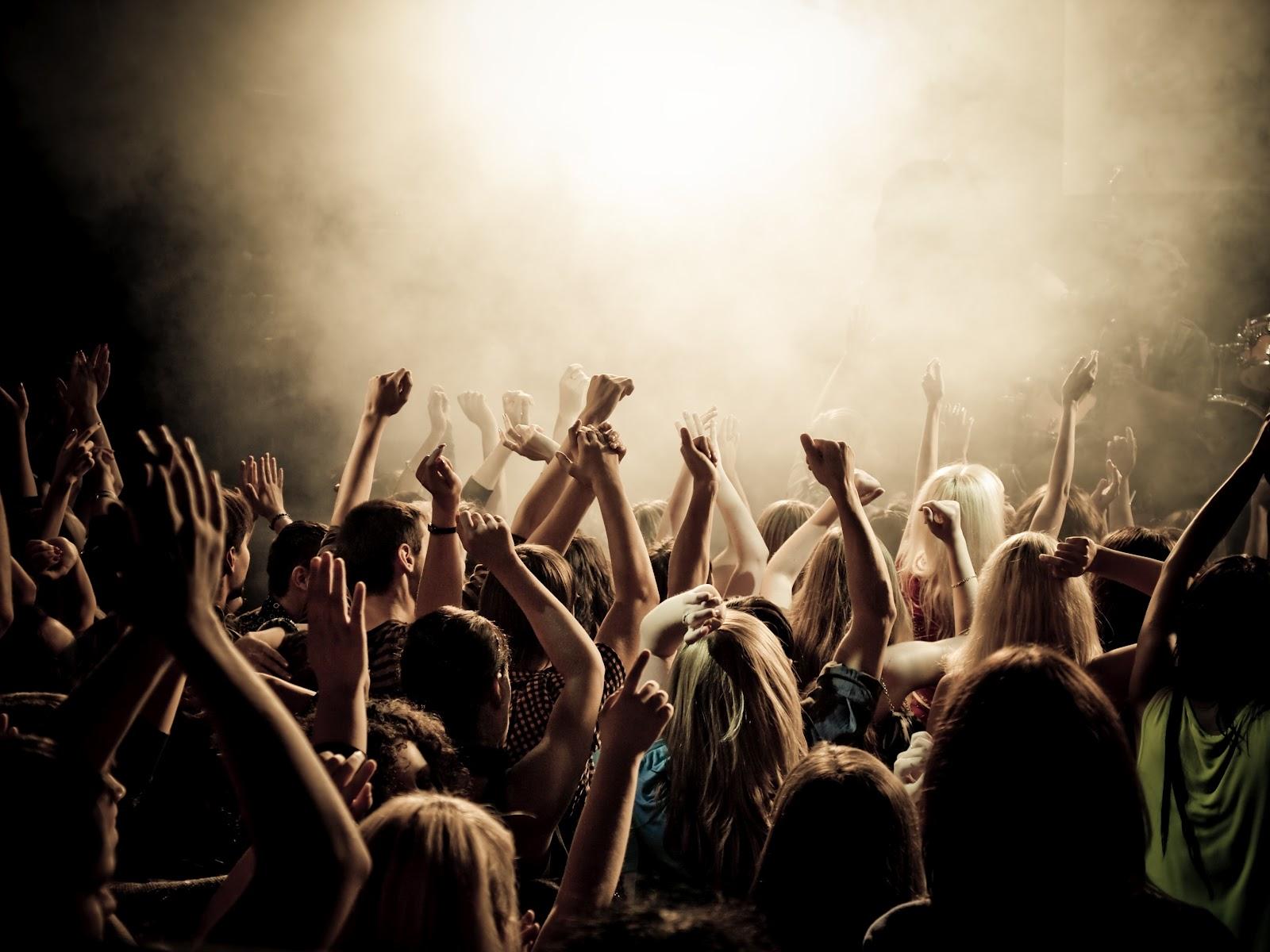 Photo of Lelaki Yang Suka Dengar Muzik Rock Akan Membuat Banyak Kesilapan