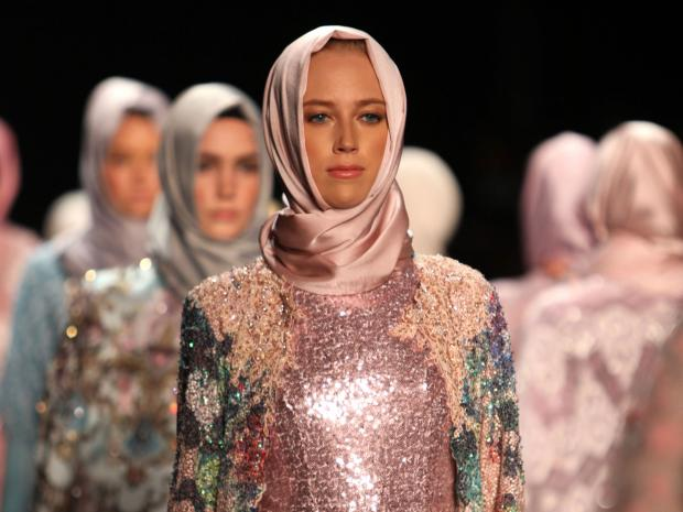Photo of New York Fashion Week: Hijab Fit For Royalty