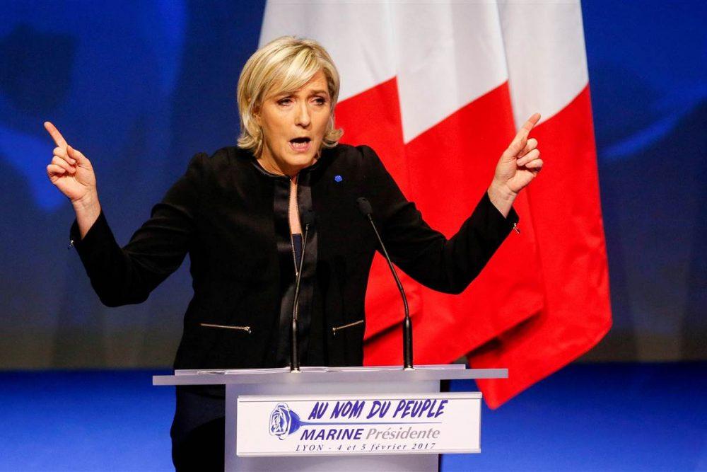 Photo of Bank Perancis Enggan Beri Dana Pilihan Raya Kepada Le Pen