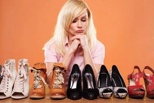Photo of 4 Tip Untuk Memilih Kasut Yang Selesa