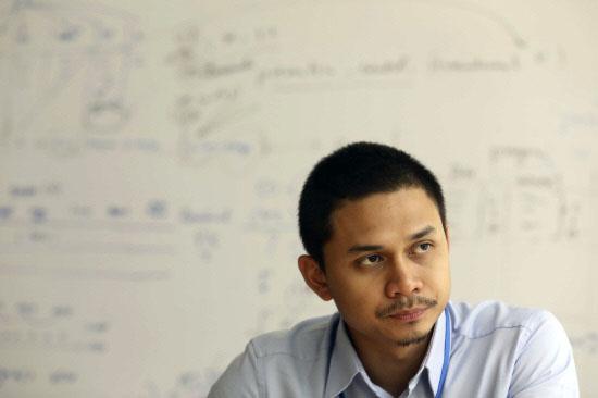 Photo of Mengenali Dr Mohd Lutfi Yang Tersenarai Dalam Forbes' 30 Under 30