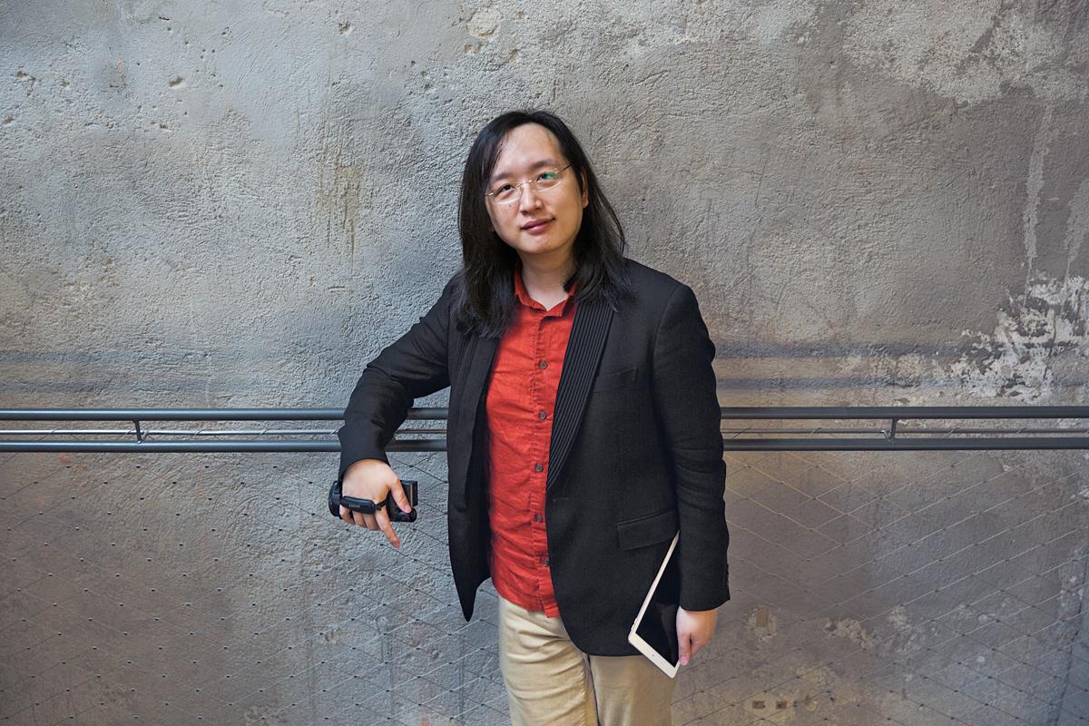 Photo of Audrey Tang: Dari Penggodam Ke Menteri Digital Taiwan