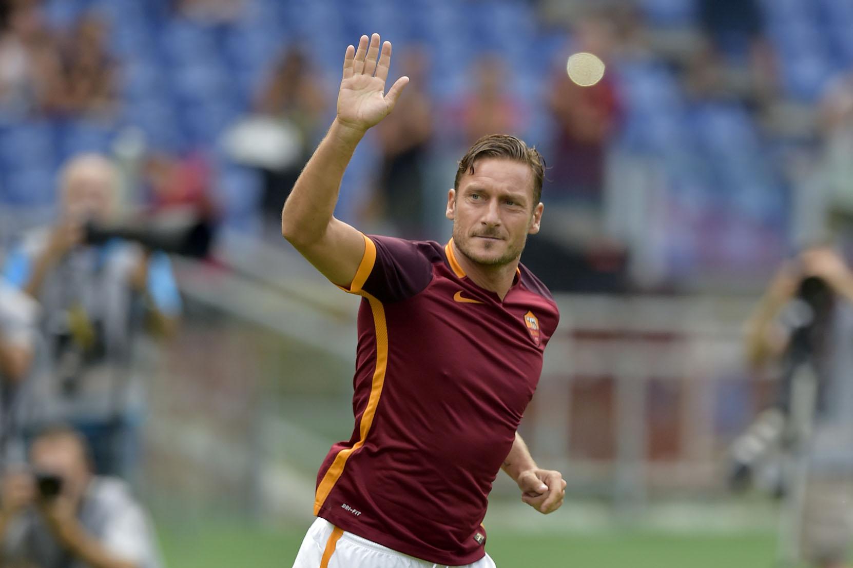 Photo of Daripada Seorang Pengutip Bola Kepada Seorang Lagenda Roma