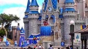 Bukan sahaja Disneyland lokasi paling popular malah hashtag