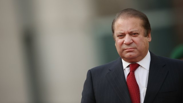 Photo of Pakistan PM Resigns Following Corruption Scandal