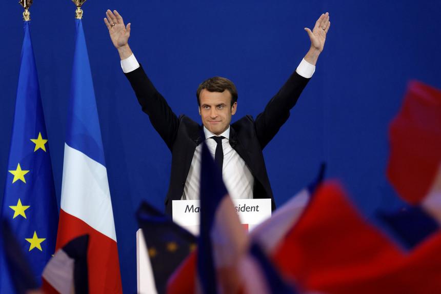 Photo of Rusia Guna Facebook Untuk Mengintip Kempen Macron