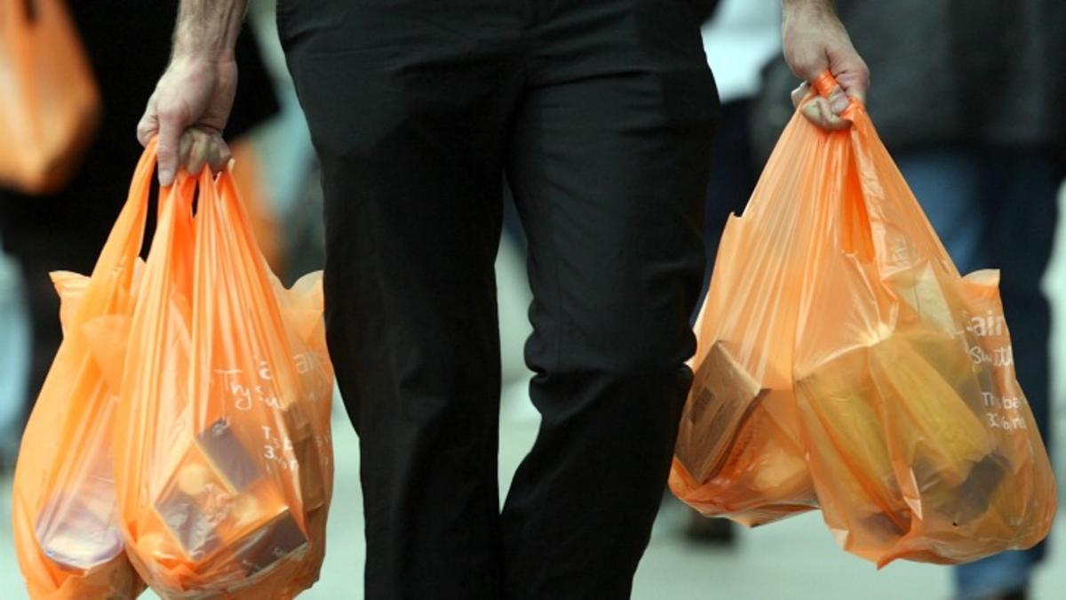 Photo of Kempen Beg Plastik Beri Untung Kepada Peniaga Bukan Pengguna?