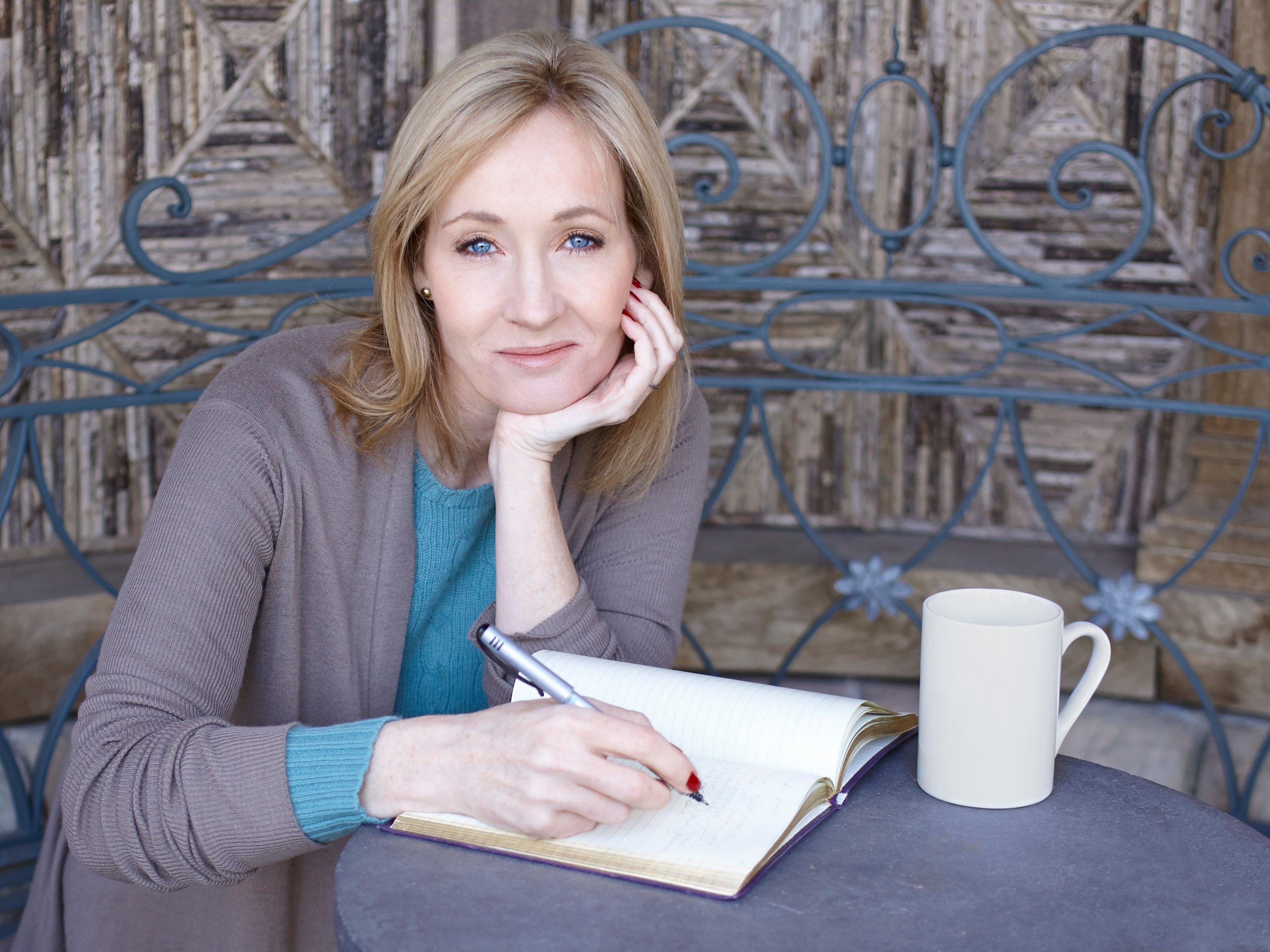 Photo of J K Rowling Penulis Terkaya 2017