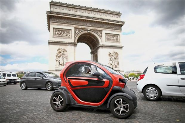 Photo of 2040: Perancis Henti Penjualan Kenderaan Berasaskan Petrol & Diesel