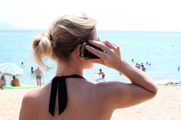 Photo of Laman Sesawang Beri Maklumat Telefon Bimbit Berfungsi Di Luar Negara