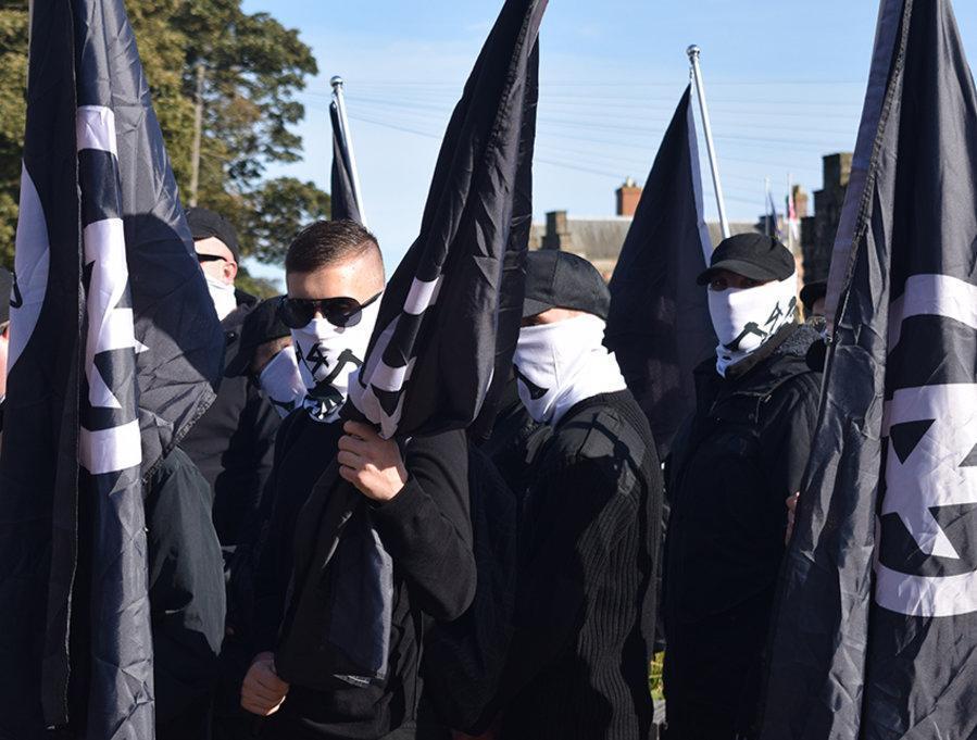 Photo of Disyaki Pengganas, Polis UK Tahan Anggota Neo-Nazi