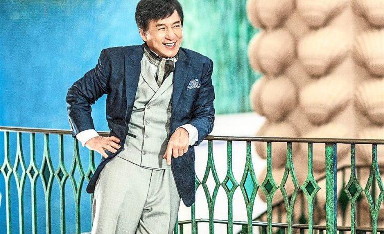 Photo of Jackie Chan Dedikasi Lagu Untuk Isterinya