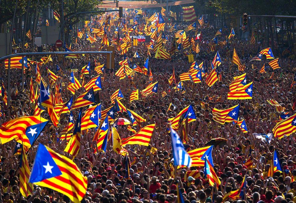 Photo of Sepanyol Bersedia Hapuskan Kuasa Catalonia