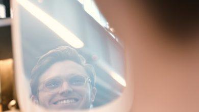 Photo of Smile Mirror- Cermin Yang Hanya Berfungsi Jika Individu Senyum Padanya