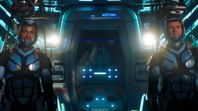 Photo of Pacific Rim Uprising Features Robot Villains and Thrilling Action