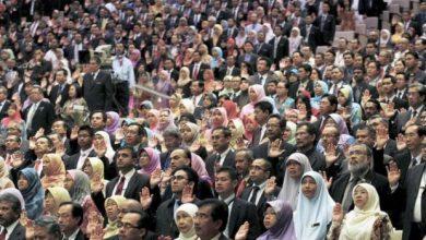 Photo of Penjawat Awam Perlu Setia Dengan Kerajaan Pemerintah, Bukan Parti Politik
