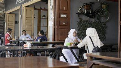 Photo of Mengapa Wanita Dan Lelaki Di Aceh Dilarang Makan Bersama?