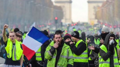 Photo of French Riots: Yellow vest protesters a sign of widening cultural divisions