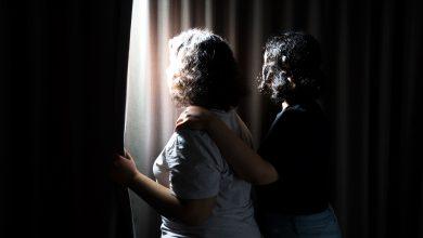 Photo of Dua Beradik Perempuan Arab Saudi Akhirnya Bebas Selepas Didera Hampir Sepanjang Hidup