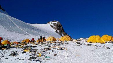 """Photo of Nepal Lancar """"Kempen Pembersihan Everest"""" Secara Besar-Besaran"""