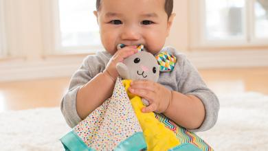 Photo of 10 Cara Membantu Bayi Anda Yang Sedang Tumbuh Gigi