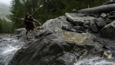 Photo of Orang Ini Menyediakan Kursus 'Survival' Ala Zaman Batu