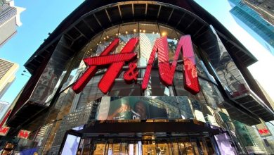 Photo of Didakwa Guna Buruh Paksa Uighur, H&M Putuskan Hubungan Dengan Pembekal China