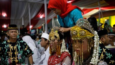 Photo of Covid-19 Memerangkap Gadis Bawah Umur Asia Dalam Perkahwinan Kanak-Kanak