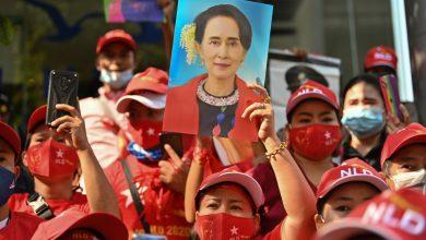 Photo of Rampasan Kuasa Myanmar: Karma Untuk Suu Kyi?